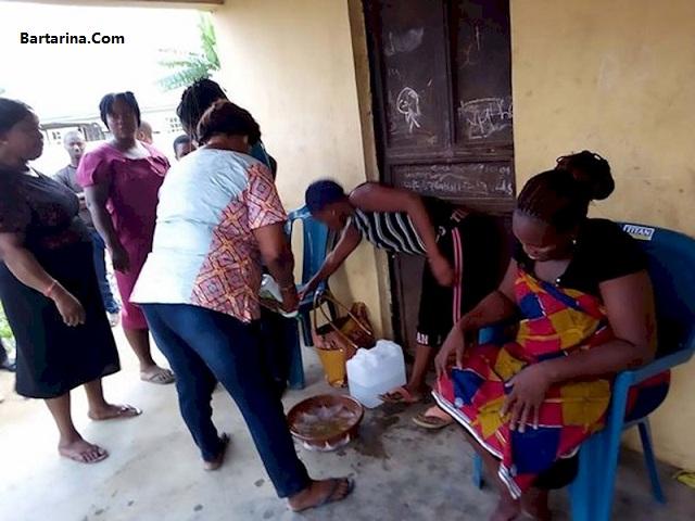 عکس به دنیا آوردن بز توسط زن نیجریه ای پس از دو سال بارداری