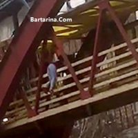 فیلم لحظه خودکشی زن تبریزی روی پل عابر پیاده ۱۶ اسفند ۹۵