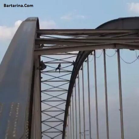 فیلم 18+ افتادن و سقوط مرد عنکبوتی اهواز از روی پل هلال
