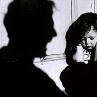 قتل فجیع کودک ۳ ساله در اثر ضرب و شتم پدر معتادش