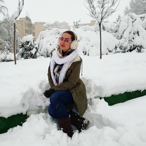 تصاویر چهره ها در هوای برفی تهران