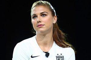 آشنایی با زیباترین دختر فوتبالیست جهان